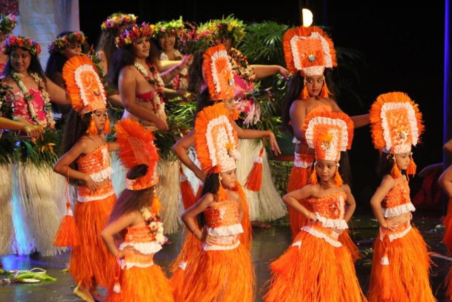 http://www.tahiti-infos.com/agenda/Inscription-au-Heiva-i-Tahiti-2017-concours-de-chants-et-danses-traditionnels_ae406499.html