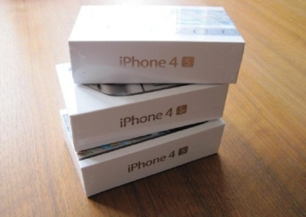 iPhone 4S 64go sous garantie Apple