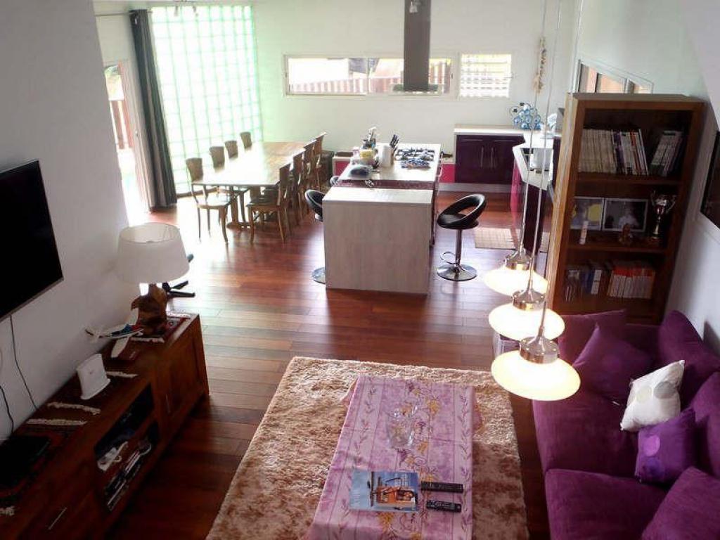 Pamatai vend jolie maison moderne petites annonces for Jolie maison moderne