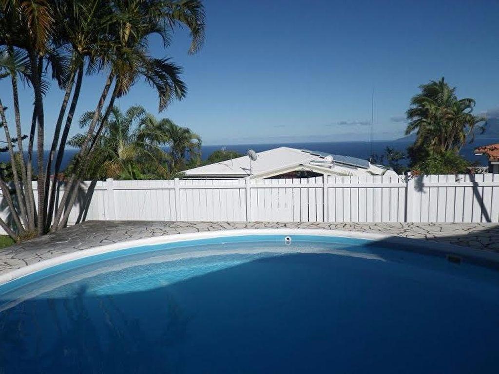 a louer punaauia taapuna maison de 3ch piscine grand jardin avec vue moorea petites