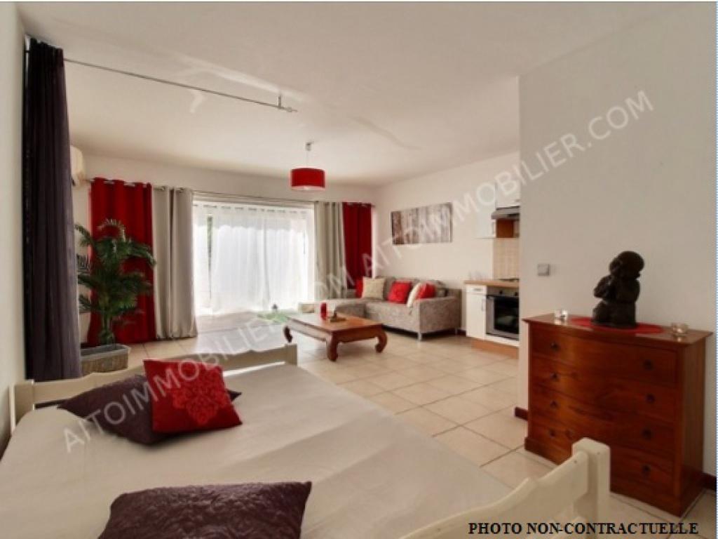 faaa appartement f1 vendre va8579cb petites annonces. Black Bedroom Furniture Sets. Home Design Ideas