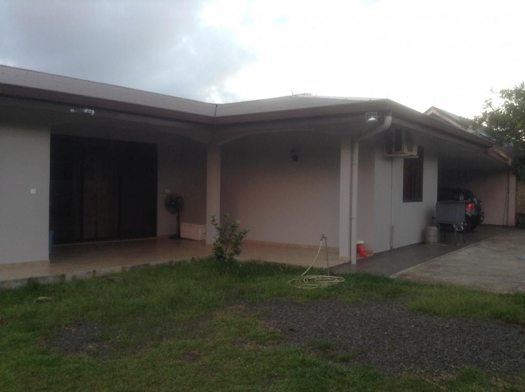 17159t maison recente a louer sur taravao fkt petites for Annonces maison a louer