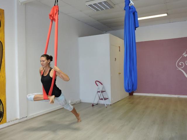 Estelle Jaumotte enseigne le yoga depuis 13 ans à Tahiti.