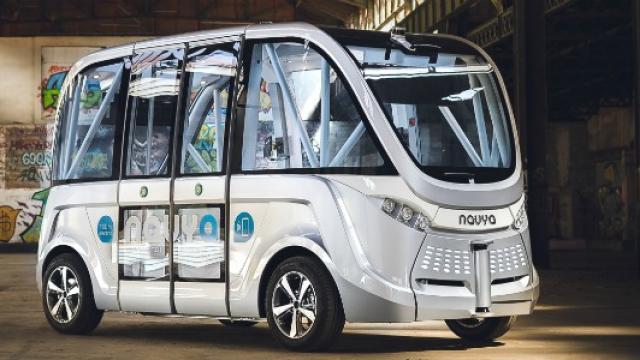 Lyon expérimente un service de minibus sans chauffeur pendant un an