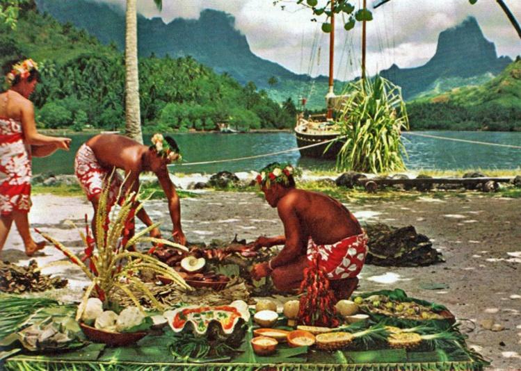 Four tahitien à Moorea en 1970