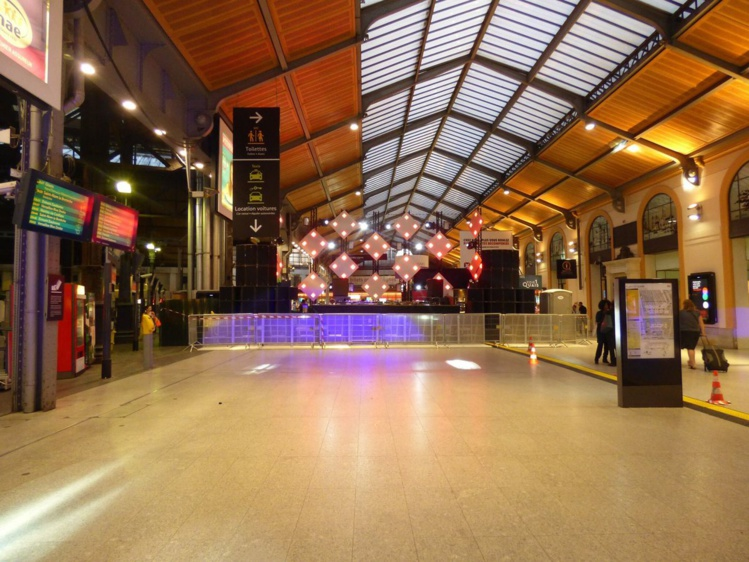 La Gare Saint-Lazare, temple du clubbing et de la techno le temps d'une nuit