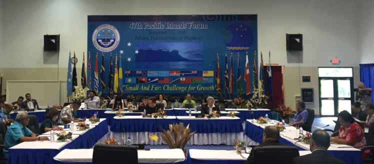 Ce sont les petits Etats (îles Cook, Kiribati, îles Marshall, Nauru, Niue, Palau et Tuvalu) qui se sont réunis mercredi. Photo : Pacific Islands Forum secretariat