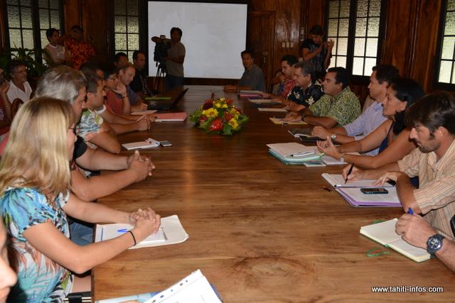 Teva Rohfritsch veut impliquer les professionnels dans l'aménagement de la future zone bio-marine de Faratea