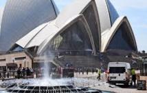 Un adolescent arrêté devant l'opéra de Sydney pour avoir proféré des menaces extrémistes
