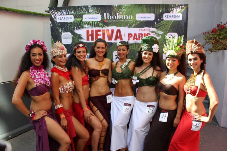 La troupe O Tahiti Nui, grand vainqueur du Heiva i Paris 2016. (Photo : Jean Faatau pour Outre-mer 360)