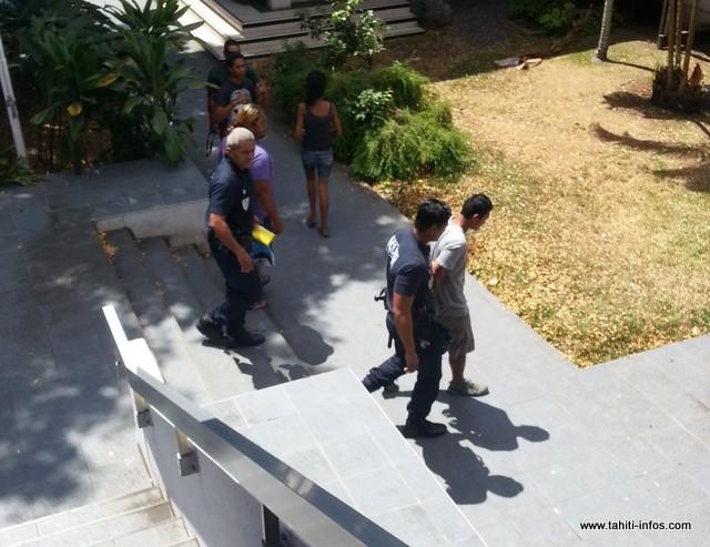 Les deux jeunes ont quitté le palais de justice pour la maison d'arrêt de Nuutania ce vendredi.