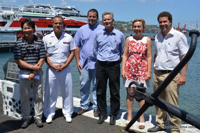 """La Marine Nationale, le Cluster Maritime, le Vice-rectorat, le SEFI et le Rotary Club unissent leurs efforts dans ce projet """"Choisis ton cap"""""""