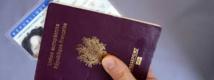 Non, pour la justice on ne peut pas sourire sur un passeport