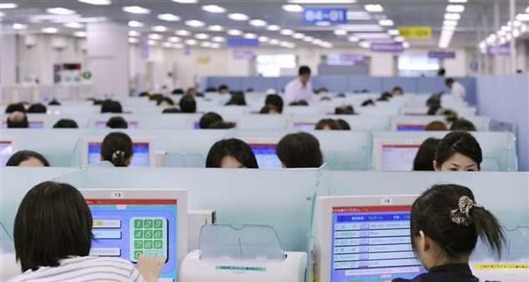 Japon: un actif sur cinq risque la mort par surmenage