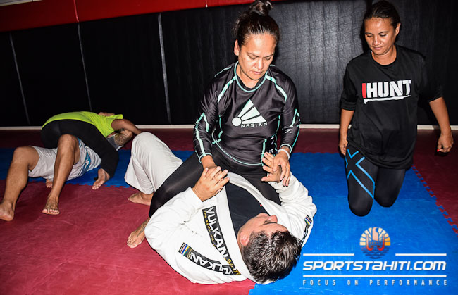 Le séminaire de jiu jitsu a intéressé beaucoup de femmes