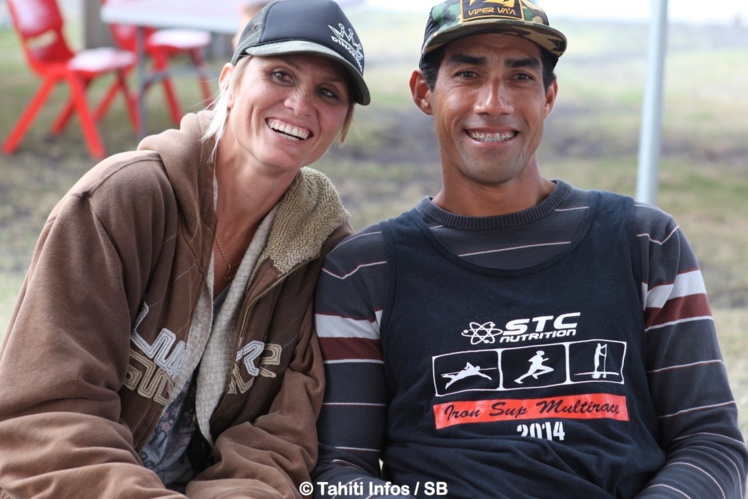 Georges Avec sa femme Leilani championne de SUP également