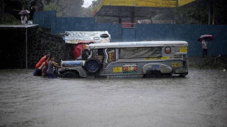 Les Philippines affrontent un typhon particulièrement redouté