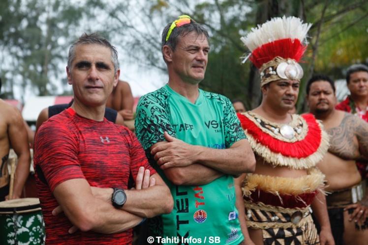 Jean Michel Monot avec Laurent Jalabert, à gauche, lors du Xterra Tahiti 2016