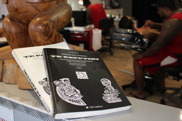 Le tome II du Dictionnaire du tatouage des îles Marquises est arrivé