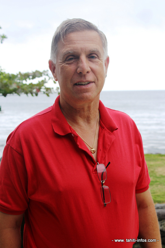 "Etienne Perret, gemmologue : ""Il faut vendre le charme de Tahiti"""