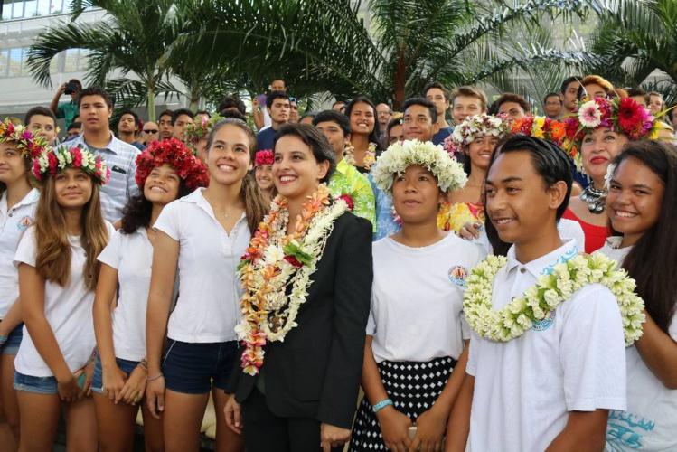 Premières rencontres entre Najat Vallaud-Belkacem et le monde scolaire
