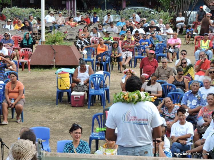 Près de 200 personnes ont participé au premier congrès de Tau Hoturau, samedi après-midi dans les jardins de la mairie de Papeete.