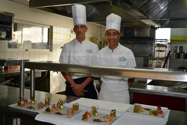 Alann et Tehuiarii, médaillés d'or au concours de cuisine en Australie