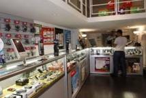 Yvelines: ils ouvraient de fausses lignes téléphoniques contre des téléphones haut de gamme