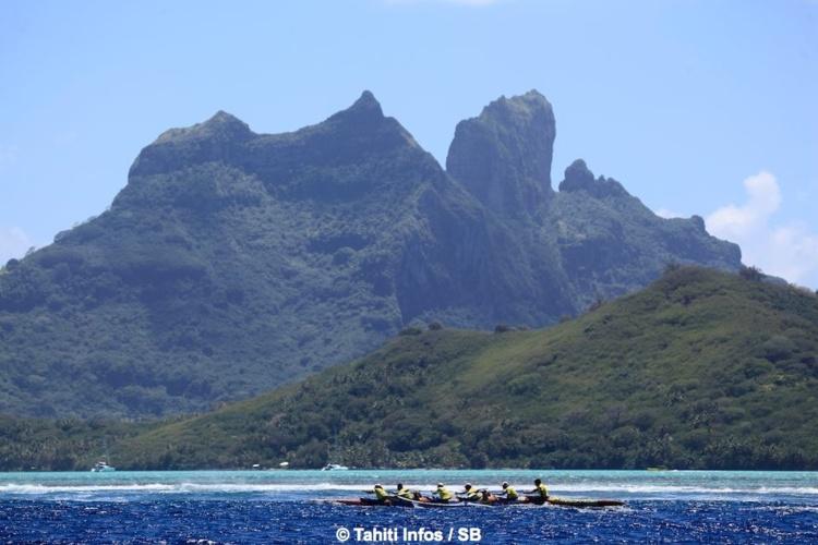 Après une cinquantaine de kilomètres, enfin Bora Bora