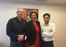Olivier Archambaud (président de HUS), la sénatrice Lana Tetuanui et Heremoana Puhetini, représentant de HUS à Paris. La sénatrice a découvert le projet de HUS la semaine dernière et y a immédiatement apporté son soutien.