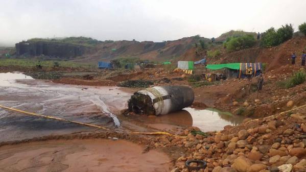 Un énorme objet non identifié tombe du ciel à Myanmar