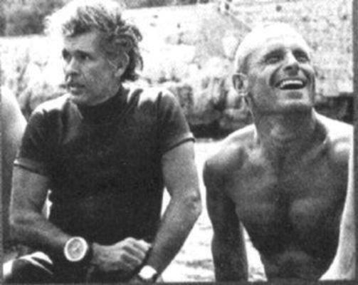 Enzo Maiorca à droite, avec Jaques Mayol