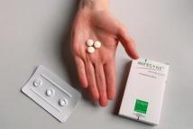 IVG médicamenteuse: des effets secondaires à ne pas banaliser