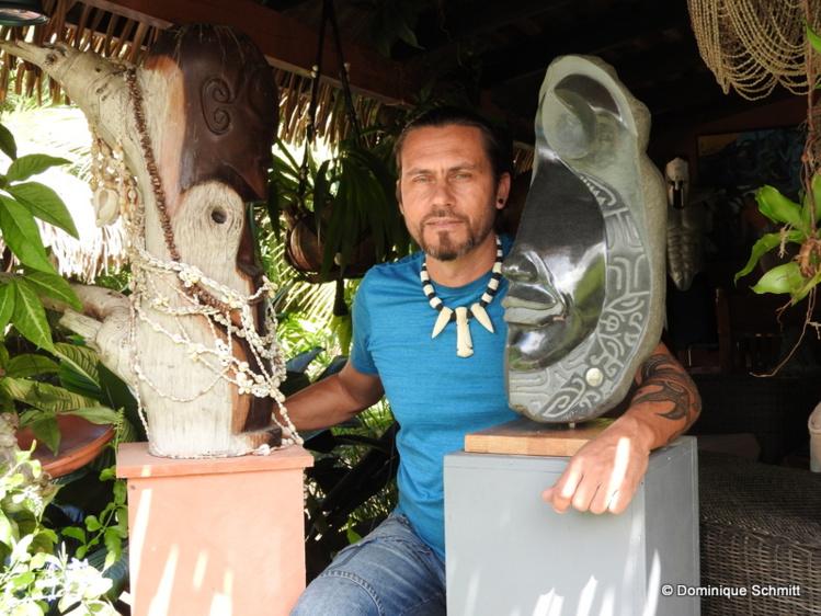 Résidant à Punaauia, Teva Victor nous dévoile en avant-première sa nouvelle collection qu'il présentera dès mardi à la Maison de la culture.