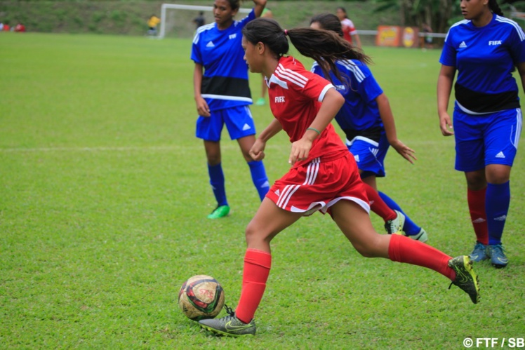 14 équipes féminines existent en Polynésie