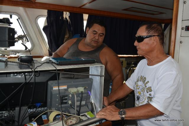 Arrivés mardi matin, René et ses 5 marins pêcheurs reprendront le large lundi pour une campagne de pêche qui se terminera le mois prochain.