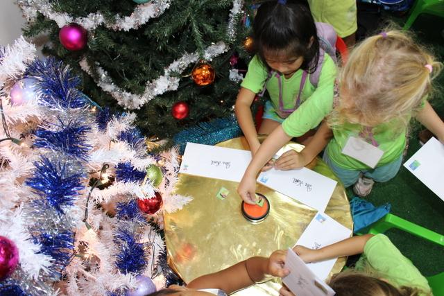 Ils ont posté leur lettre au Père Noël