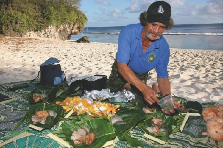 La nourriture, simple mais authentique des îles Cook, n'a rien à envier à celle de nos îles. Et le service est fait avec le sourire…