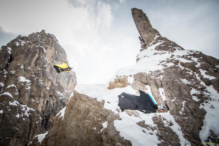 Le wingsuit, sport extrême par excellence, est de plus en plus présent dans les films de Thierry Donnard !