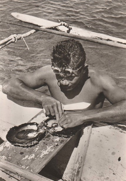 Plongeur de nacres dans les années 50.