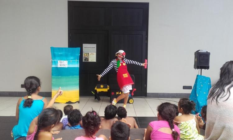 Une vingtaine d'enfants a fêté noël avec le Rotaract club lundi