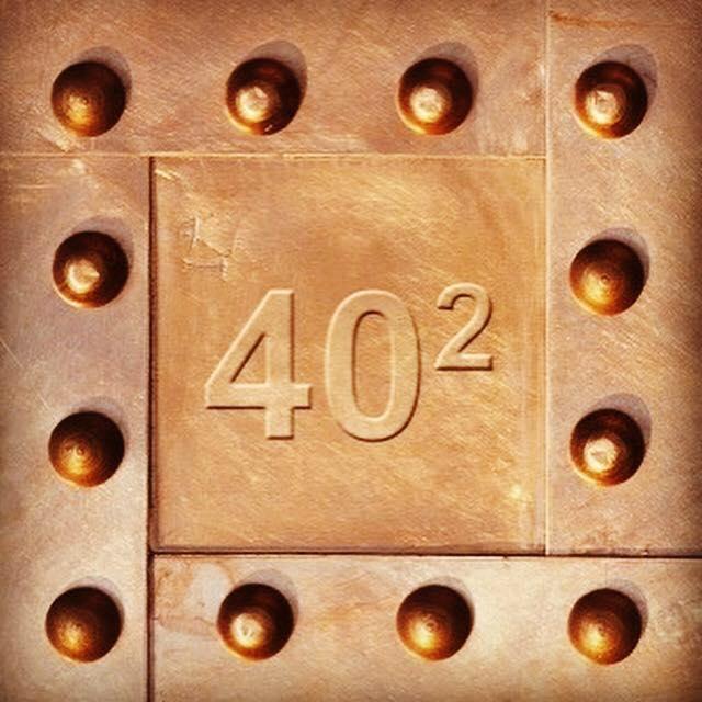 """Exposition collective """"40x40"""" : un florilège de styles et de couleurs !"""