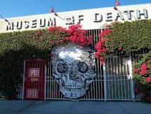 Lapins, mort, coeurs brisés: Los Angeles, la ville des musées azimutés