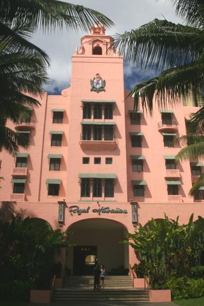 Le Pink Palace, intégré aujourd'hui au Sheraton, a servi de demeure au président des Etats-Unis Franklin D. Roosevelt. L'hôtel fut alors surnommé le Western White House.