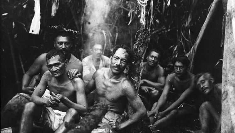 Chasseurs dans la vallée de Papenoo en 1918, photo Bjarne Kroepelien