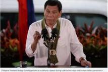 Philippines: Duterte menace de décréter la loi martiale