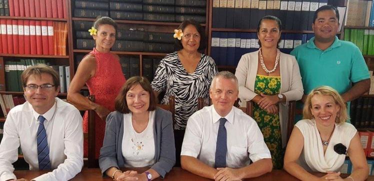 Le tribunal administratif de la Polynésie française au complet.