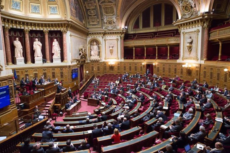 Vendredi, le président du Sénat, Gérard Larcher, a reçu  le président du Pays, Edouard Fritch et les deux sénateurs polynésiens, Lana Tetuanui  et Nuihau Laurey.