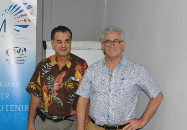 Bruno Hamon, directeur adjoint des douanes, et Stéphane Chin Loy, président de la CCISM