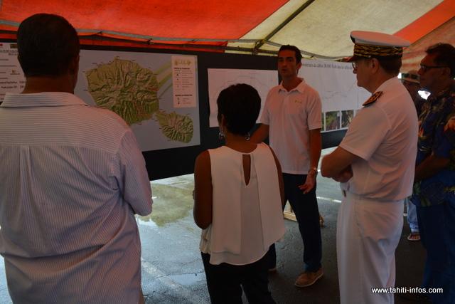 La ministre des Outre-mer s'est rendue ce lundi matin à Mahaena pour visiter un chantier financé aussi bien par l'État et le Pays, à travers le contrat de projet.